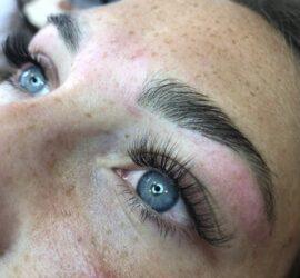 lashes en brows